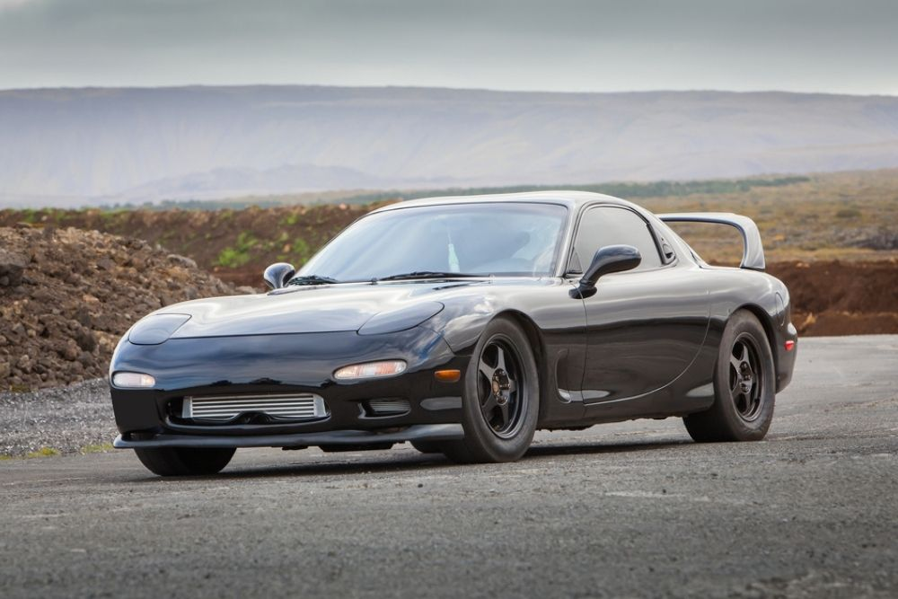 Did Mazda stop making the Rotary engines? If so then any issues with that engine?