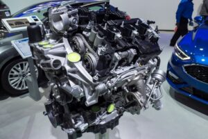 What is the difference between 2.7 EcoBoost and 3.5 EcoBoost? Which one is better?